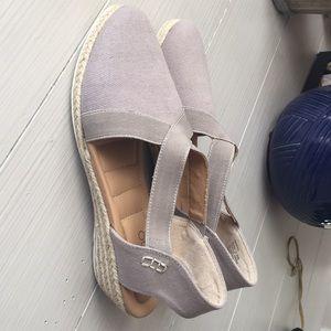 me too Shoes - ...me Too slip on sandal